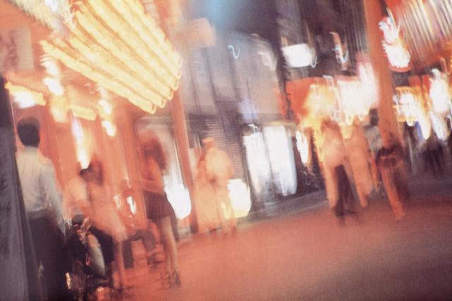 ©Daido Moriyama Photo Foundation, Courtesy of ︎Akio Nagasawa Gallery:森山大道個展「RADIATION (color)」AKIO NAGASAWA Gallery Ginza