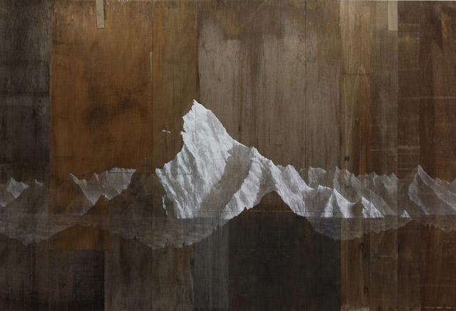 """藤原康博《あいだの山》パネル、アクリル 2014年 個人蔵 Courtesy of Mori Yu Gallery photo: Kenryu Tanaka:「パラランドスケープ """"風景""""をめぐる想像力の現在」三重県立美術館"""