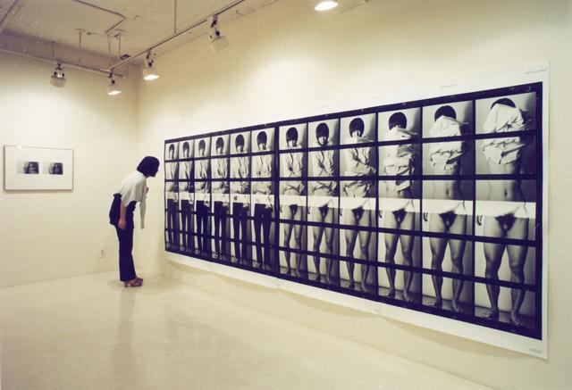 個展「ぱらぱら」(ツァイト・フォト・サロン、東京)2008年 ©️ Ryudai Takano Courtesy of Yumiko Chiba Associates, Zeit-Foto Salon