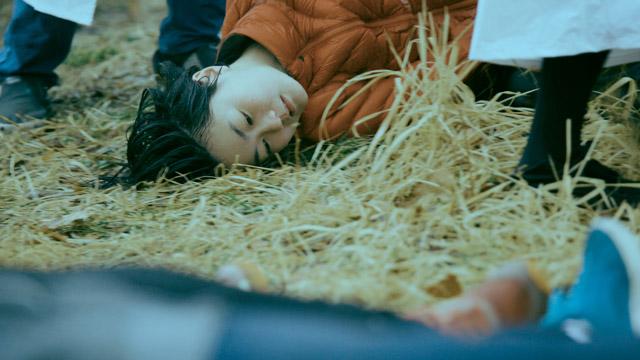 小泉明郎《私たちは未来の死者を弔う》2019  © Meiro Koizumi Courtesy of MUJIN-TO Production