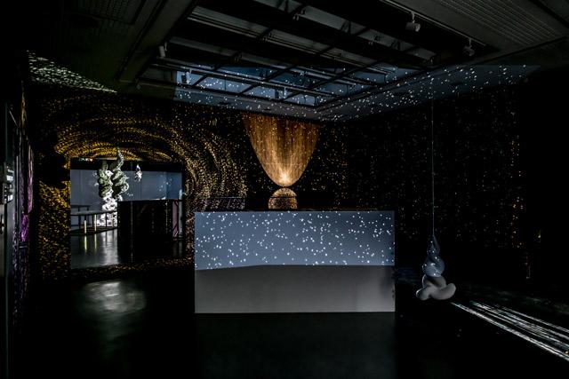 「ATOM -i」 2018年 A-labでの展示風景 撮影:植松琢麿