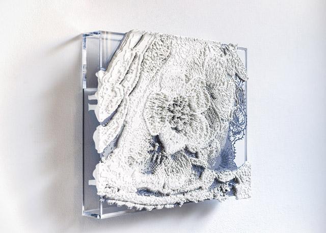 《Lace#26》2019年 17×22.5×3cm アクリルボックスの上にシルクスクリーン