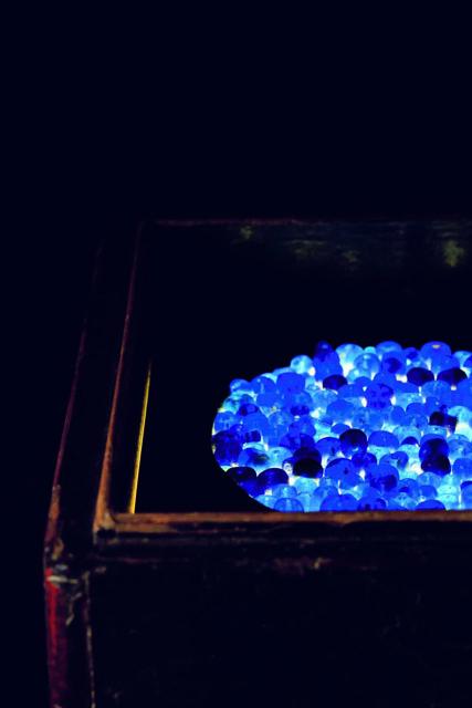 《瑠璃の浄土》2005, 小田原文化財団蔵 © Hiroshi Sugimoto / Odawara Art Foundation<br>Photo: Yuji Ono
