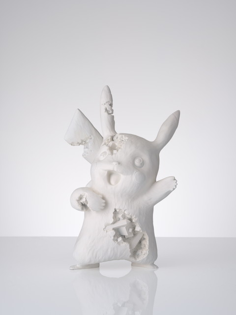 Daniel Arsham × Pokémon Crystalized Pikachu 300,000円+税 ※抽選販売、抽選参加には会場への入場(有料)が必要。 ©Daniel Arsham Courtesy of NANZUKA ©2020 Pokémon. TM, ® Nintendo.